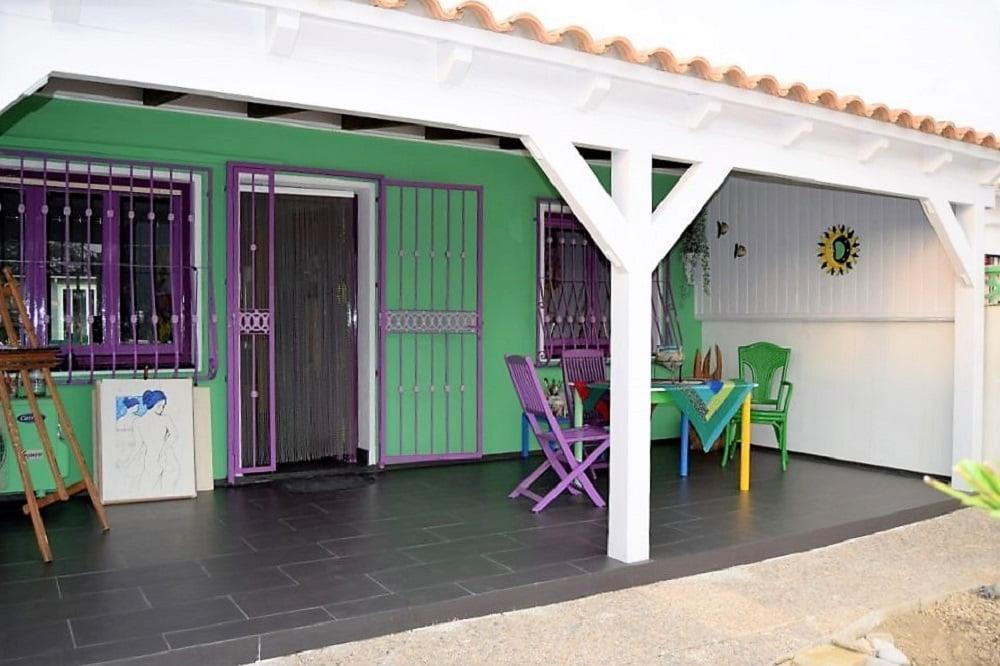 Radhus med gäststuga i Villajoyosa