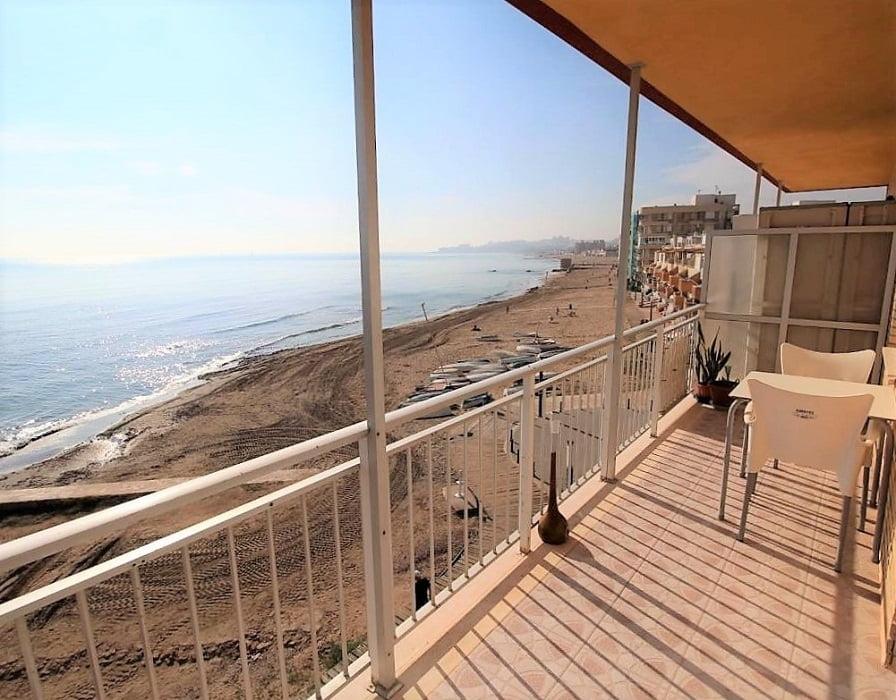 Lägenhet med strandläge i La Mata,Torrevieja